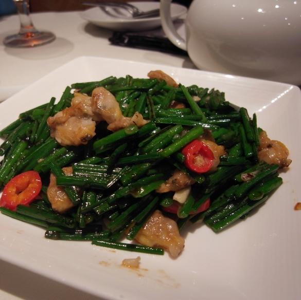 韮菜花炒蜆肉 - 利苑酒家 Lei Garden Restaurant リーガーデンレストラン