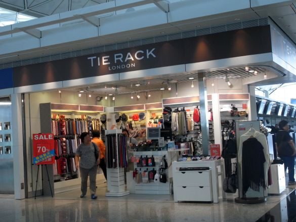 TIE RACK - 香港国際空港 T1・6F出発フロア