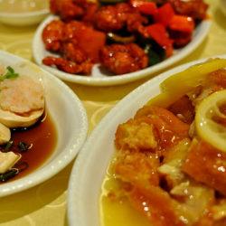 絶品のレモンチキンがここに。益新美食館 Yixin Restaurant