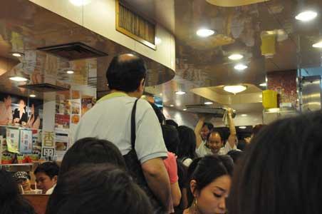 混雑する店内 - 金華冰廳