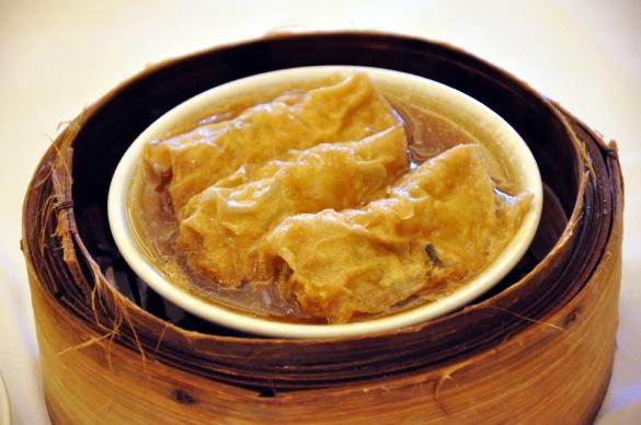 湯葉まき蒸し - 美心皇宮 シティホール・レストラン