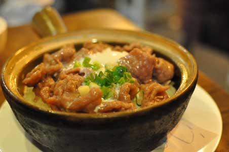 窩蛋肉片飯 - 坤記煲仔小菜