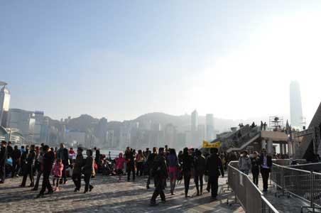 尖沙咀のビクトリア・ハーバー沿い - 香港の春節花火大会