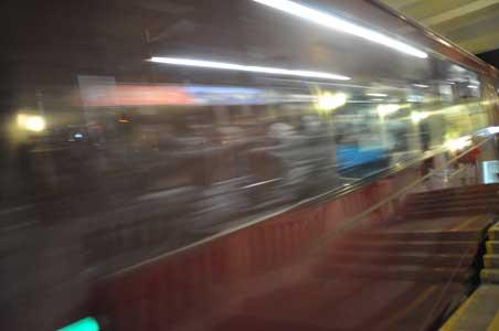 ピーク・トラム途中駅 - 舊山頂道(オールド・ピーク・ロード)
