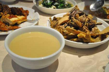 鮮奶水魚湯 - 彭慶記 Pang's Kitchen