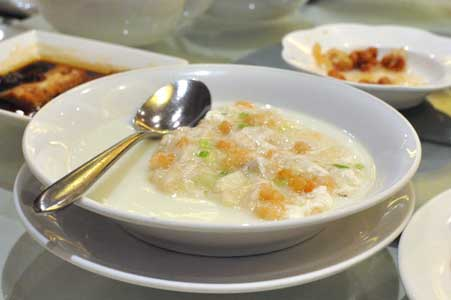 蟹肉鮮蝦蒸蛋白 - 利苑 リーガーデン 九龍灣店