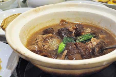 羊腩煲 - 利苑 リーガーデン 九龍灣店