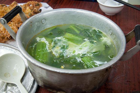 金銀旦芥菜湯 - 四季煲仔飯