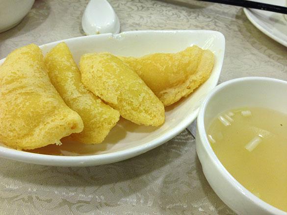 炸粉菓 ジャーファングオ(鳳城レストラン)