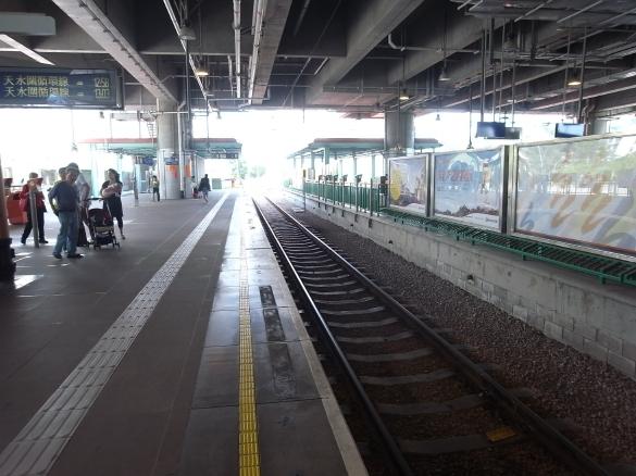 プラットフォーム - 港鐵MTR 天水圍駅